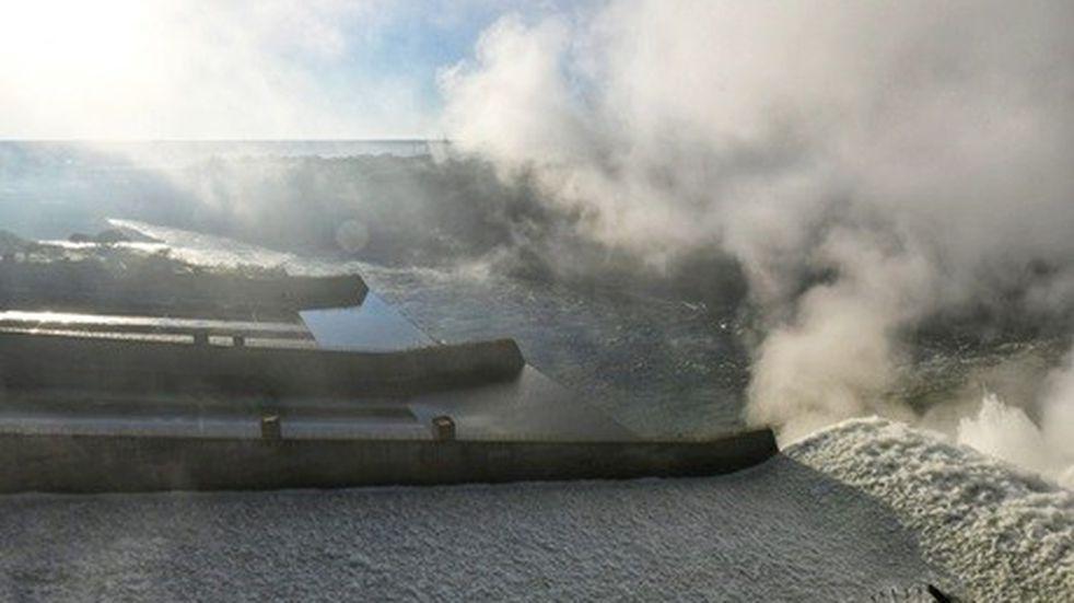 La represa Itaipú abrió sus compuertas para recuperar el caudal del río Paraná
