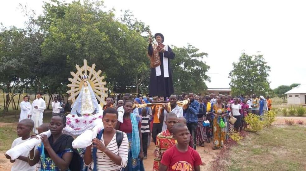 Estatua del Cura Brochero: de Córdoba a Tanzania