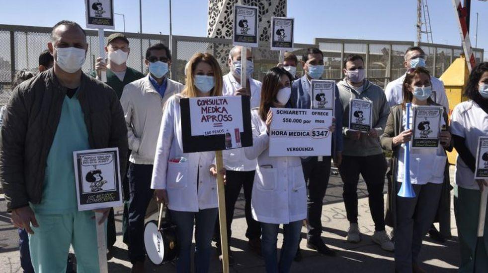 Médicos volvieron a protestar este lunes en Córdoba