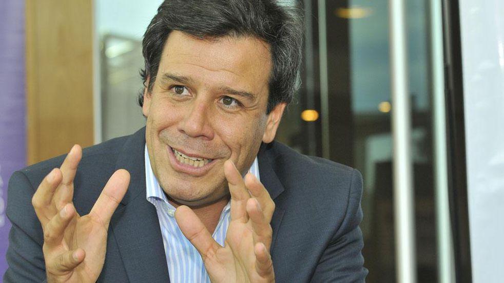 """""""El país es un Titanic que se hunde"""", advirtió el precandidato a diputado Facundo Manes"""