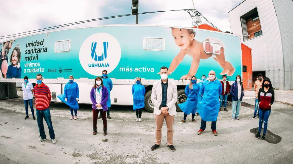 """Corradi: """"hay 6000 vacunas guardadas en la provincia, nos ponemos a disposición para ayudar a vacunar"""""""
