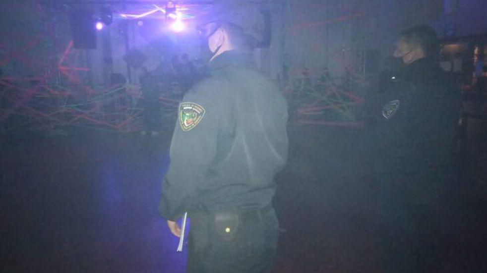 Desarticularon fiesta clandestina en un hotel de Puerto Iguazú