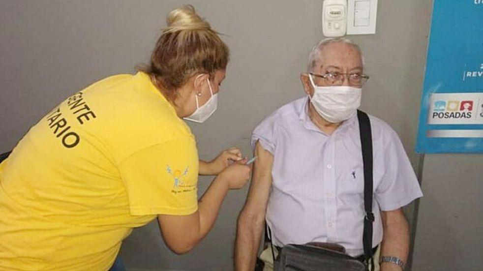 Informan que se agotó el stock de segundas dosis de la vacuna Sputnik V en Misiones