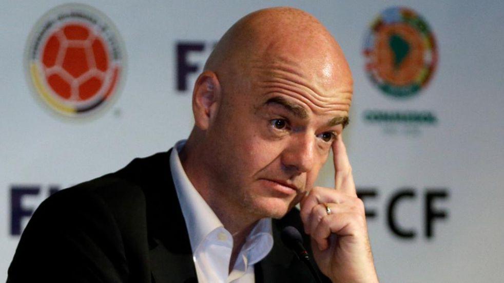 Gianni Infantino le pidió al Primer Ministro británico que los jugadores puedan viajar con sus selecciones