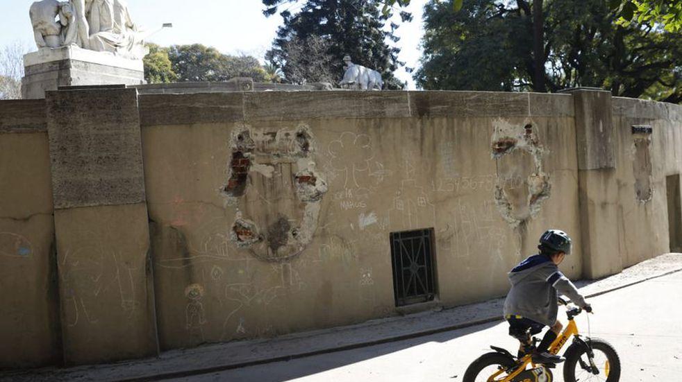 Robaron 1800 kilos de bronce de dos monumentos de Palermo y Recoleta