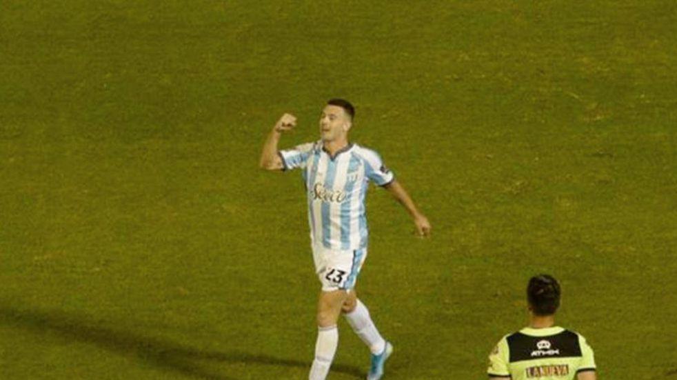 """Con gol de Ramiro Carrera el """"Decano"""" superó al """"Globo"""" en el Monumental"""