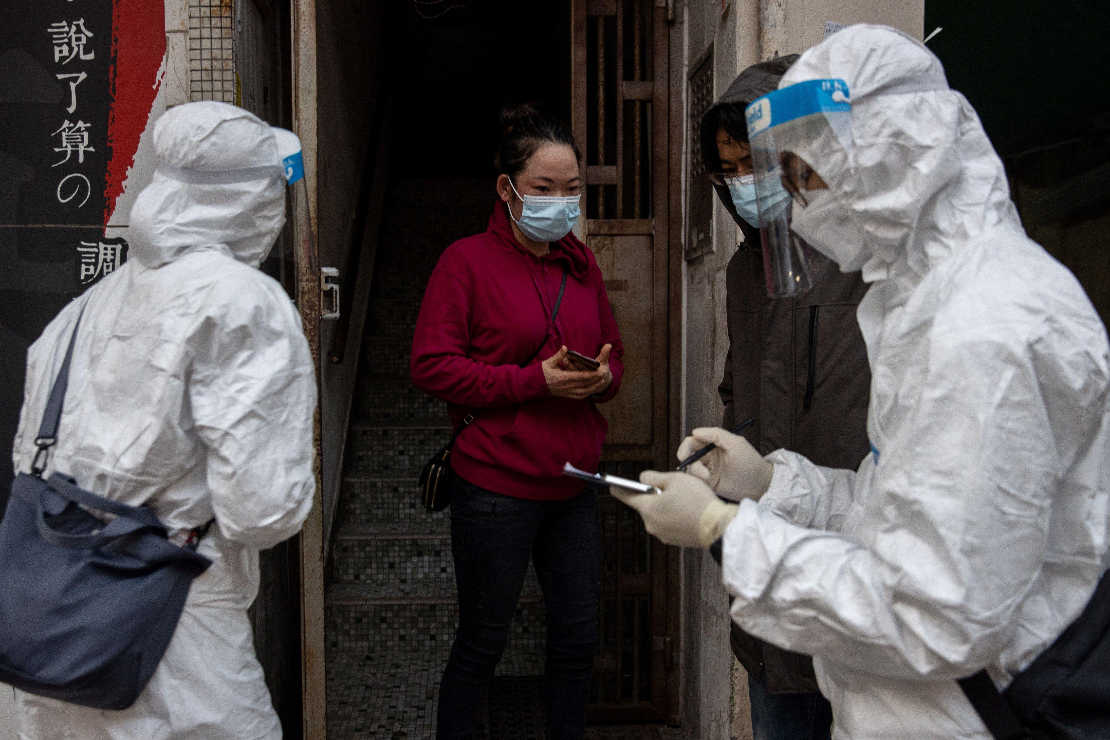 Hisopados en China. (EFE)