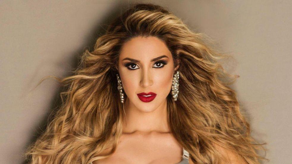 Mariángel Villasmil, Miss Venezuela, apuesta por brillos en sus vestidos y bikinis