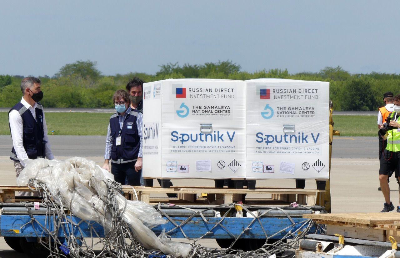 El segundo lote de las vacunas rusas Sputnik V llegó a la Argentina.
