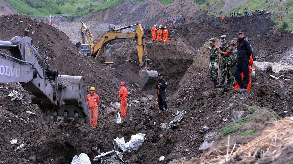 Los mineros atrapados en China lograron enviar una nota a los socorristas