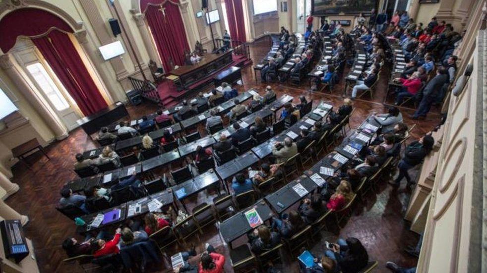Un diputado salteño exige que Vialidad provincial se acuerde de los caminos del interior