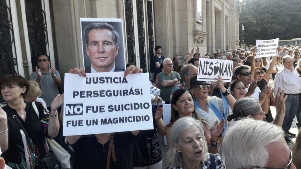 A cinco años de su muerte, se realizó una marcha para recordar al fiscal Alberto Nisman en el centro porteño
