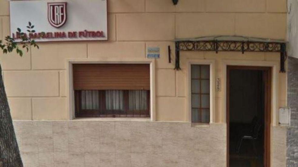 La Liga Rafaelina de Fútbol hace una colecta para el personal de salud de la región