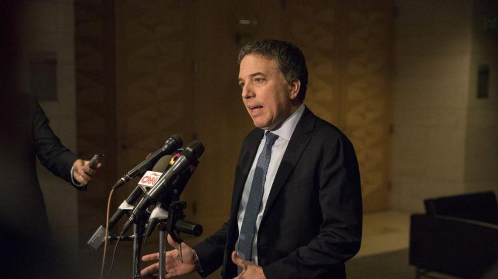 Desde Washington, Dujovne dijo que esperan firmar con el FMI a fin de mes y descartó nuevos préstamos