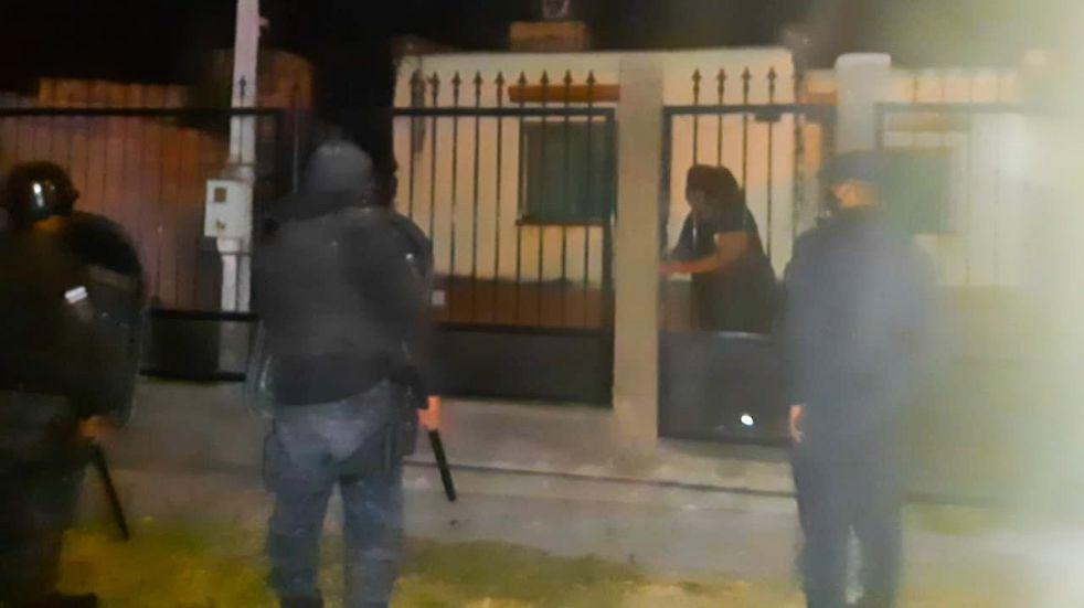"""No puede ser III: fiesta """"clande"""" palpaleña con decenas de menores y mayores"""